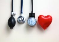Centrinio arterinio kraujospūdžio svarba vertinant hipertenzija sergančių ligonių riziką ir gydymo veiksmingumą