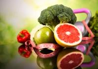 Šeimos gydytojo praktikoje tikslinę mažo tankio lipoproteinų cholesterolio koncentraciją lengviau pasiekti efektyvesne 30 mg atorvastatino doze